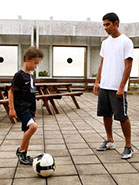 Abbas Farid Pro Football Freestyler - Get 1 to 1 private tuitions and fast track your skills avoiding the common mistakes!